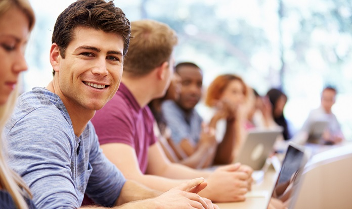 רישום On – Line ללימודי תעודה לאקדמאים